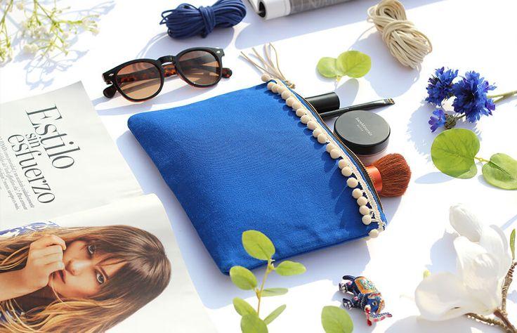 Turqueta Handmade - Majorelle pouch bag (In stock / 36€) #flatlay