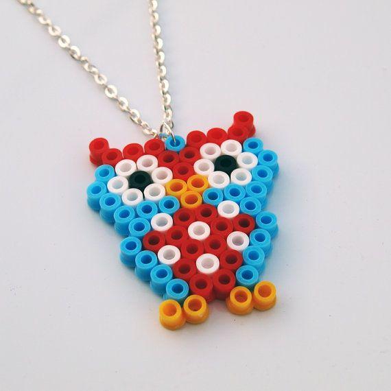 Super Owl Pixel Cute Necklace van RetroidStudio op Etsy, £5.00