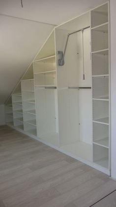 die besten 17 ideen zu schlafzimmer dachschr ge auf pinterest schrank dachschr ge dachschr ge. Black Bedroom Furniture Sets. Home Design Ideas