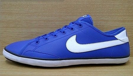Kode Sepatu: Nike Defendre Blue White  Ukuran Sepatu: 42.5  Harga: Rp. 500.000,- Untuk pemesanan hub 0831-6794-8611