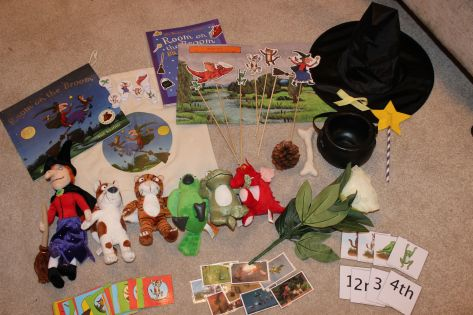 DIY Room on the Broom Story Bag with links to resources. Ideal for preschoolers and room on the broom fans. Check out mudpiefridays.com for future story bags.