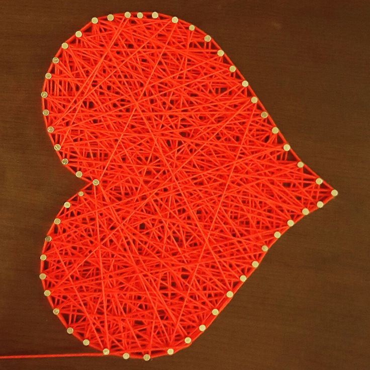 String art heart https://aexdiy.blogspot.ro/search/label/DIY?m=1