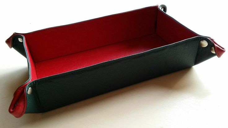 Leather tray made by STOFFELDESIGN