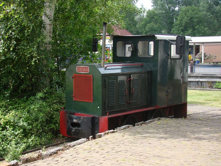Diema smalspoor locomotief. Diema narrow gauge locomotive.