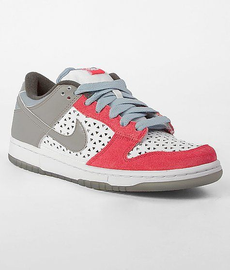 Cute for the summer.Fashion Nike, Low Shoes, Buckles Fashion, Nike Dunks, Low Sneakers, Women Shoes, Shoes Buckles, Low Dunks, Nike 6 0 Dunks Low Sho