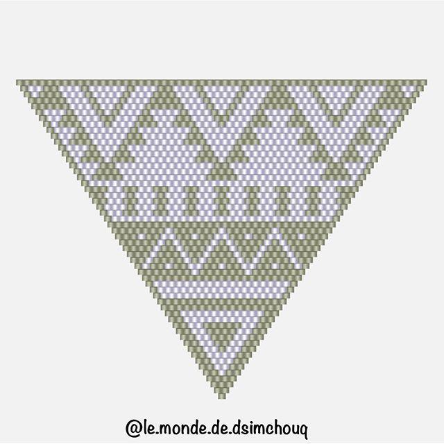 Le diagramme du pendentif aztèque ☺️ #motifdsimchouq #miyuki #perles #bead #perlesmiyuki #miyukiaddict #miyukibeads #miyukidelica #jenfiledesperlesetjassume #perlezmoidamour #perlesaddictanonymes #perlesaddict #tissage #tissageperles #brickstitch