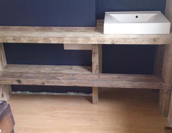 création d'un meuble sous vasque en bastaing bois,meuble,récupération,idées recyclage,sachaskiljan