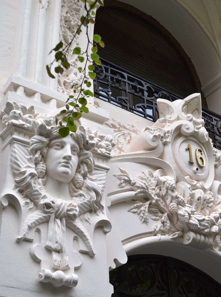Art nouveau facade, Gran Via