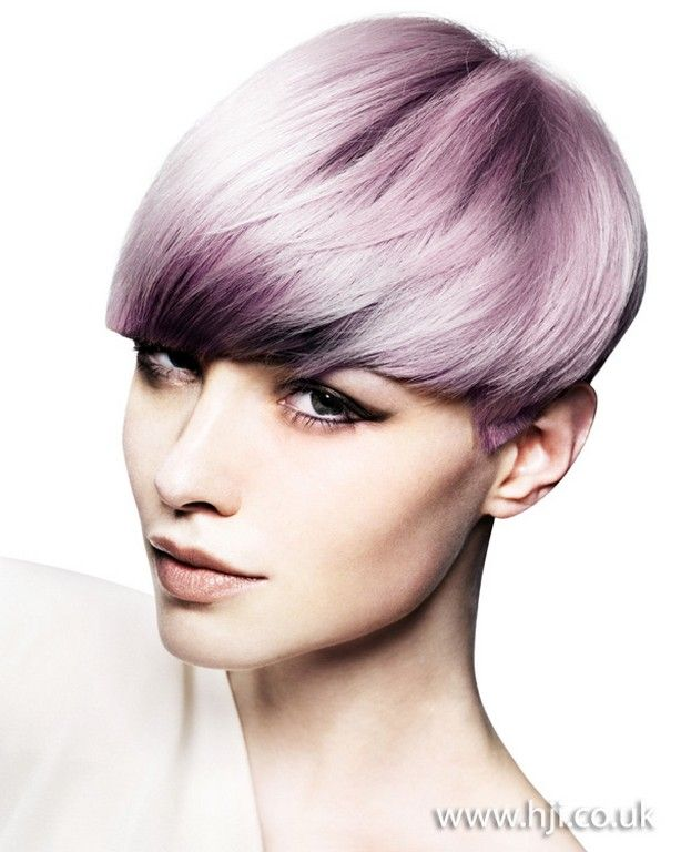 Gorgeous hairstyle and color.
