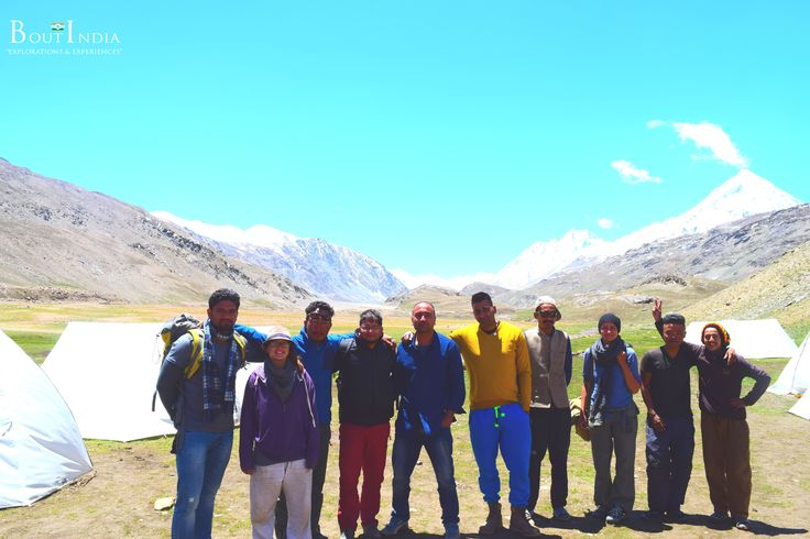 Life is meant for good friends and great adventures!!! #boutindia #adventuretravel #travelwithfriends #chandertal #spiti #mountainadventures #snowpeaks #camping #travelindia