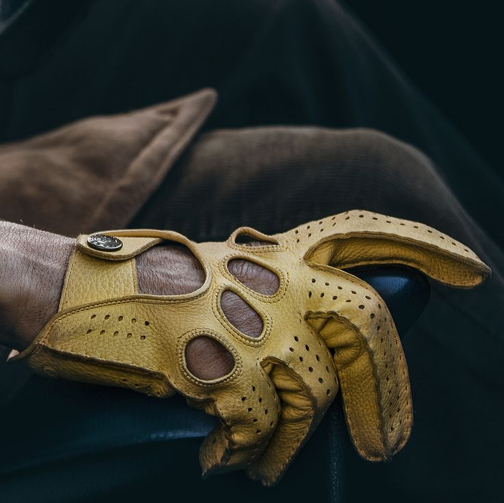 Deerskin driving gloves.