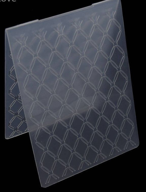 FREE POSTAGE BRAND NEW DIAMOND PATTERNED EMBOSSING FOLDER