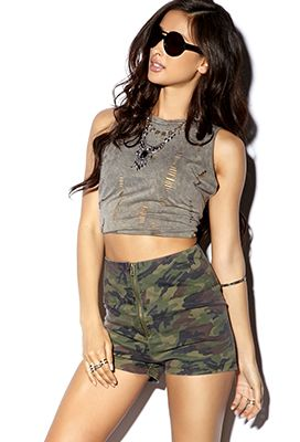 High-Waisted Camo Shorts   FOREVER21 - 2040495633