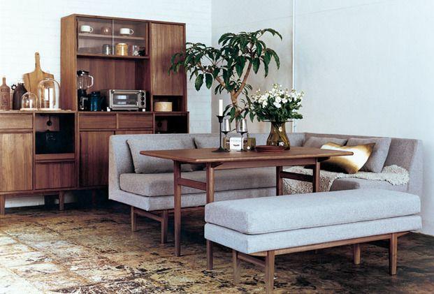 リビングが6~8畳という広さの場合、ダイニングソファーを使えば1つですっきり!まとまったお部屋になりますよ。おしゃれなアイテムやレイアウト方法をまとめました。