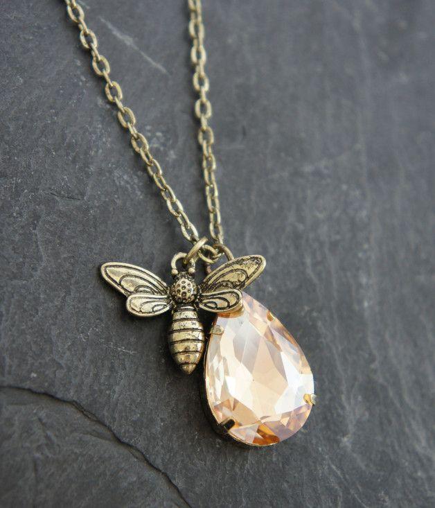 Ketten lang - ♥ Kette bronze Biene - ein Designerstück von zuckerputzig bei DaWanda