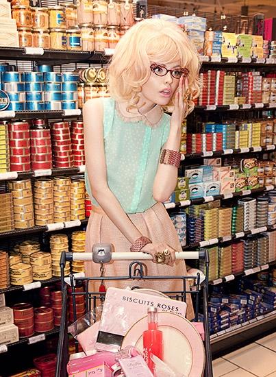 """The Supermarket"" - Fricote Magazine - Ernesta Petkeviciute, Natasha Belova and Anne Pecke - Michèle Bloch-Stuckens"