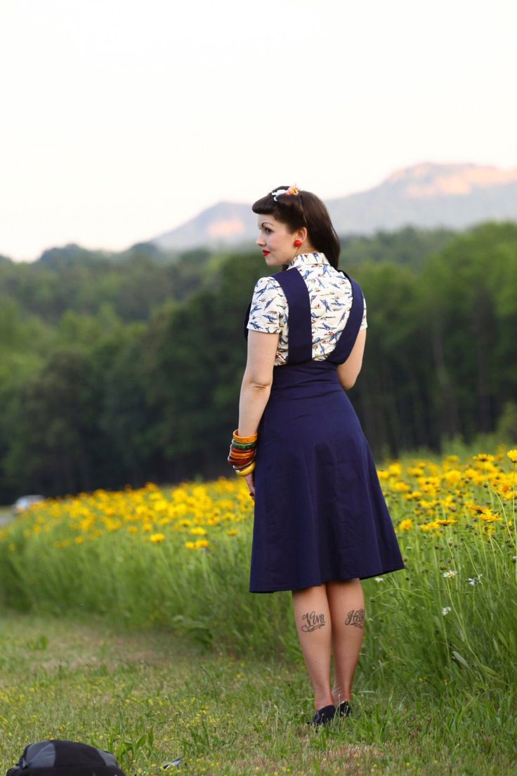 40's+Pinafore+Skirt+in+Cobalt+Blue+by+Jitterbuggin+on+Etsy