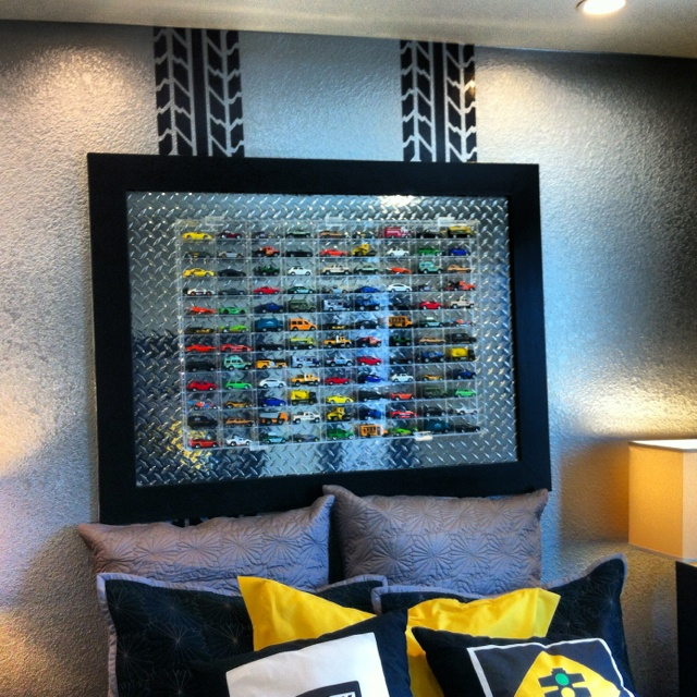 what a great wall feature using a metal sheet black painted trim metallic silver - Metallic Kids Room Interior