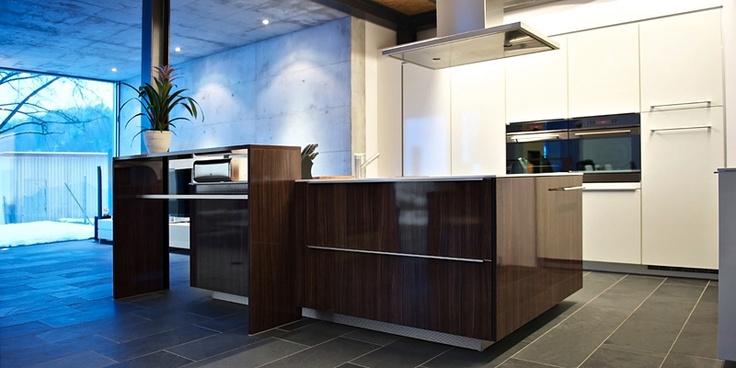 Küchenhauptstadt Eisenring Küchenbau AG - Schweizer Designküchen und das Angebot von Poggenpohl