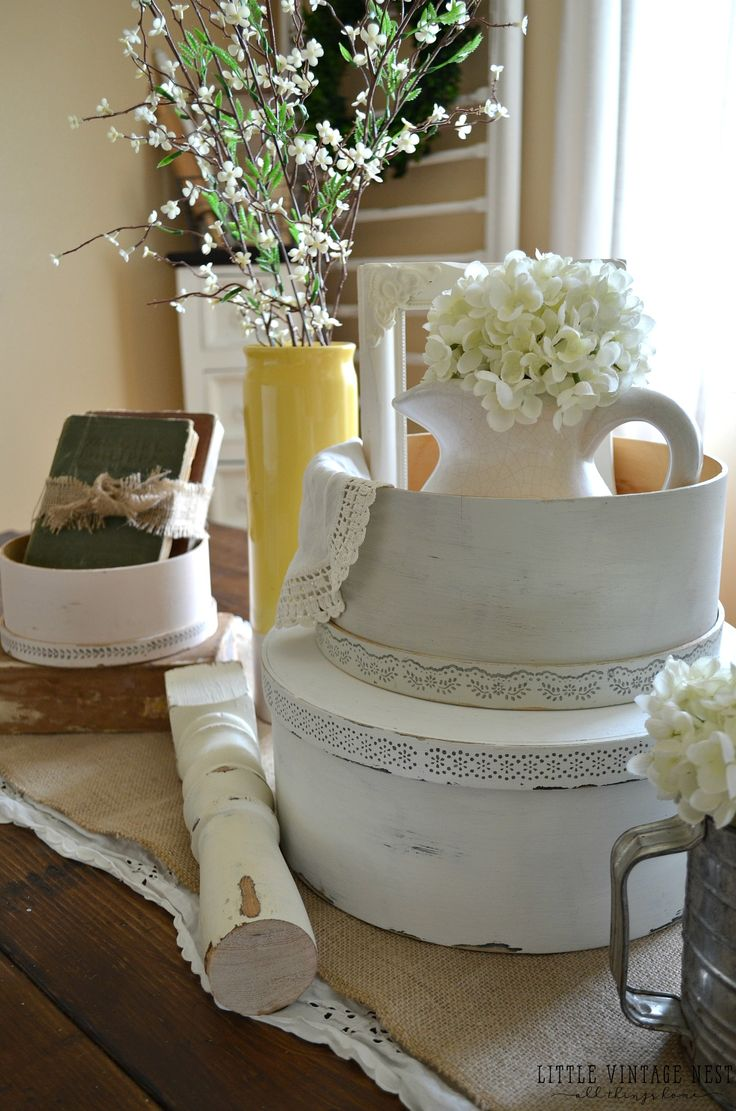 Craft hat boxes - Spring Centerpiece With Vintage Hat Boxes