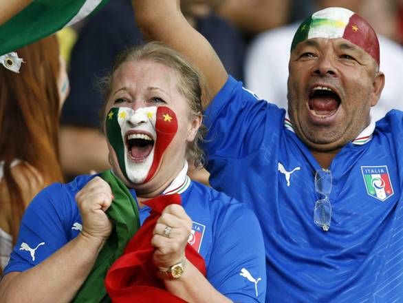 Inghilterra-Italia   Babele Happiness !