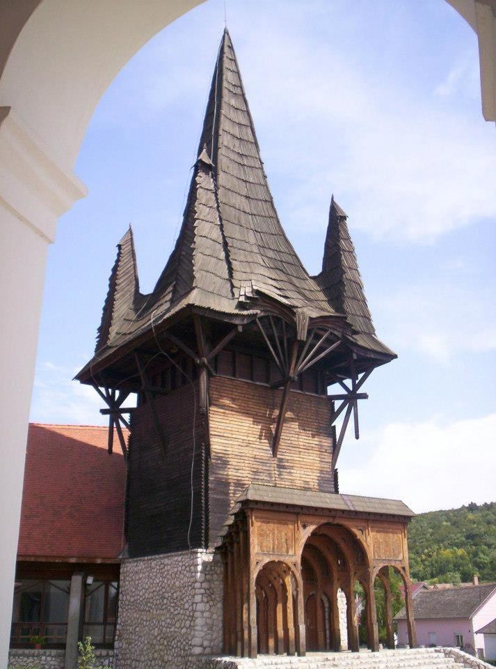 Kakasd, Tolna county, HUngary Church by Imre Makovecz 1996 ph. csanády