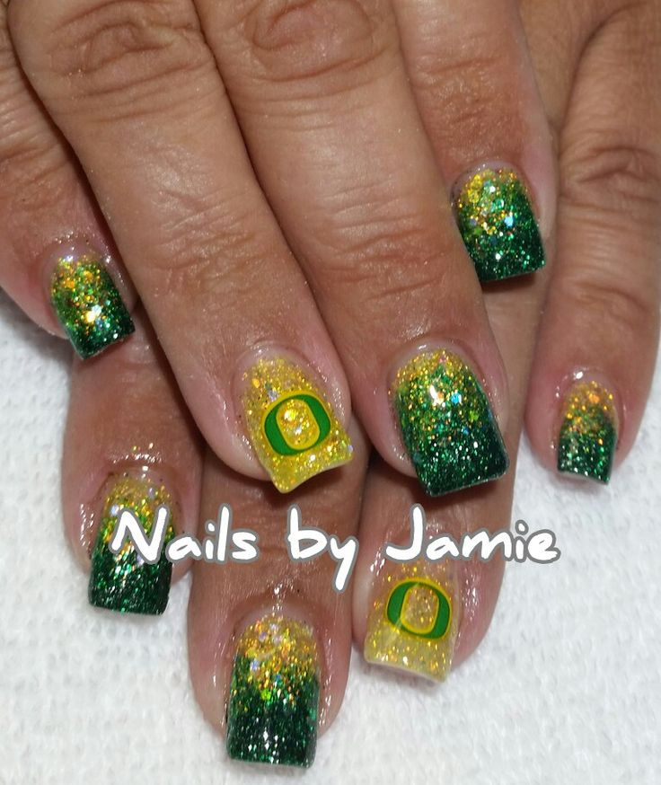 Oregon Ducks Oregon Ducks Nails by Jamie Duffield Eugene, Oregon 541-556-8337 To book an appointment go to: www.styleseat.com/jamieduffield