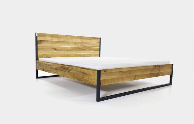**EICHE-MASSIVHOLZ BETT** Ein Bett, gebaut für die Ewigkeit.  **Made in N51E12** Made in Germany Designklassiker inspiriert vom Bauhaus-Design. Die Möbel bestechen durch ihre klaren Formen...