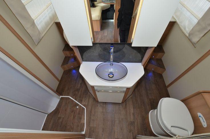 Essai camping car neuf Caravan International Nacre 66 XT