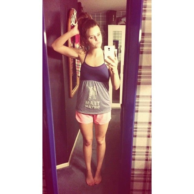 Tiffany Alvord fitness outfit