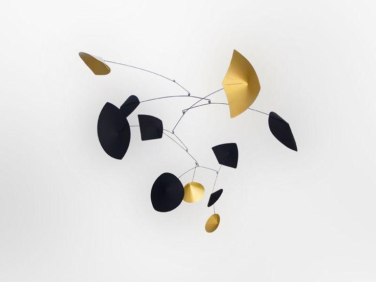 Mobile Calder   MilK decoration