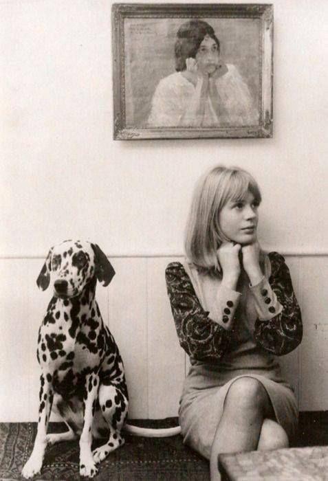 Marianne Faithfull with her dalmation, 1964