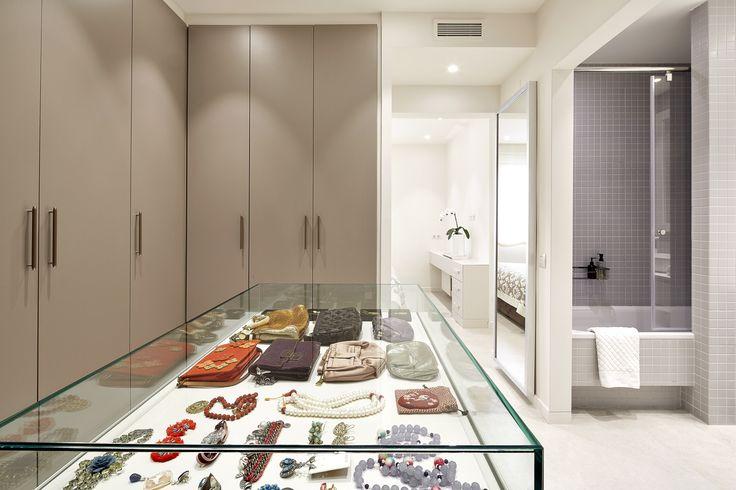 Baño Vestidor Arquitectura:Molins Interiors // arquitectura interior – interiorismo – decoración