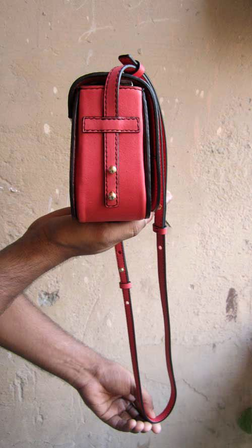 Coral Little Stefanie, Chiaroscuro, India, Pure Leather, Handbag, Bag, Workshop Made, Leather, Bags, Handmade, Artisanal, Leather Work, Leather Workshop, Fashion, Women's Fashion, Women's Accessories, Accessories, Handcrafted, Made In India, Chiaroscuro Bags - 6