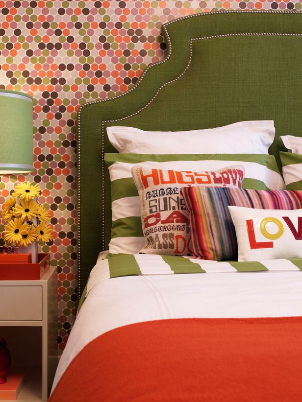 Create visual resting spots between mixed graphics by using a strong solid color.: Colors Combos, Headboards, Green, Polka Dots Wallpapers, Graphics Design, Bedrooms, Guest Rooms, Pillows, Kids Rooms