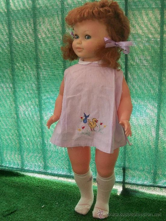 Era mi muñeca. La llamaba Deseada porque creía que era su nombre, pero solo era un slogan de publicidad. Tenía el pelo estropajoso.: