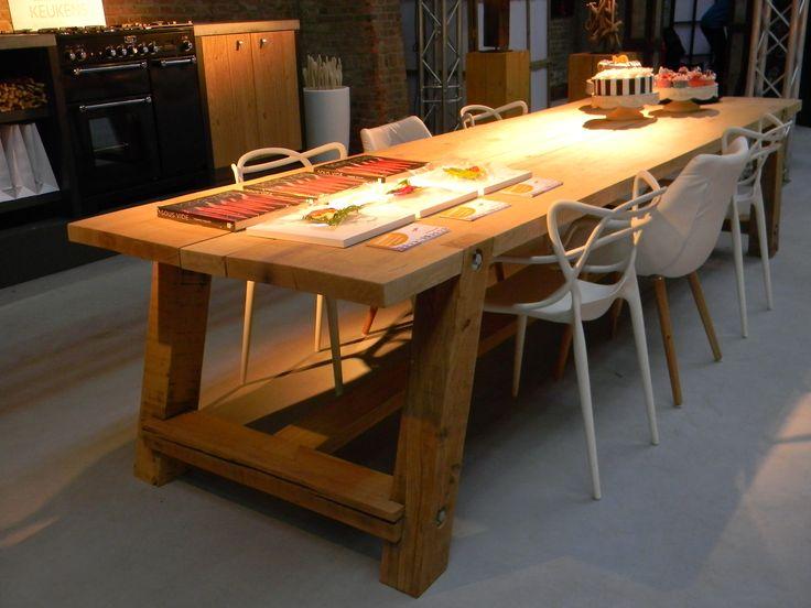 Eiken tafel, eigen ontwerp, op maat te bestellen!