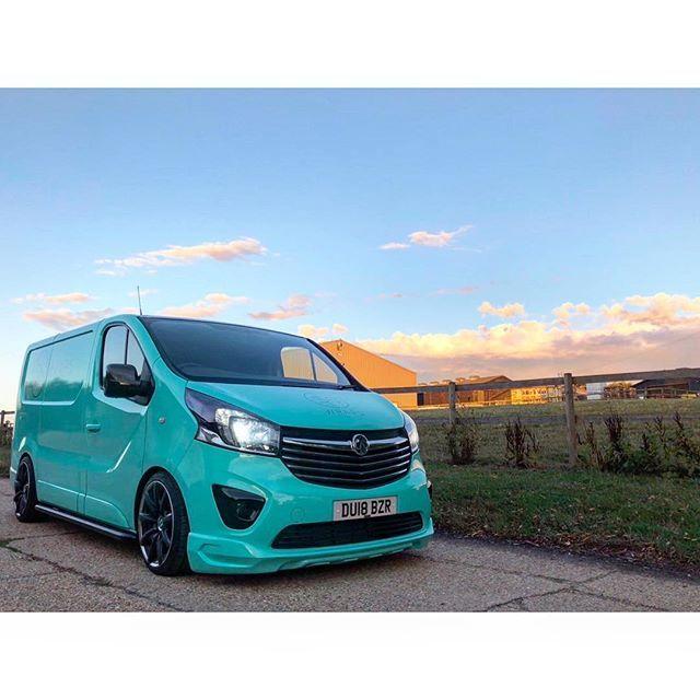 Aliksandr Kotov Alekkot75 Foto I Video V Instagram Vans Cool Vans Day Van