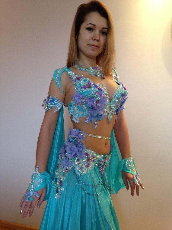 86a1bfefc Oriental costume: Lavender aqua Carnival Girl, Carnival Outfits, Belly  Dance Outfit, Belly