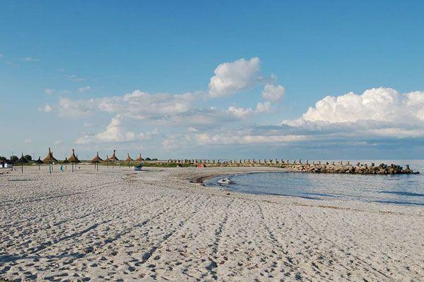 Plaja Gura Portitei, #Romania #Dobrogea #DeltaDunarii #DescoperaRomania #Travel #Excursii #Vacanta #Plaja #ShiftTour http://www.shift-tour.ro/descopera-romania/629-plaja-gura-portitei