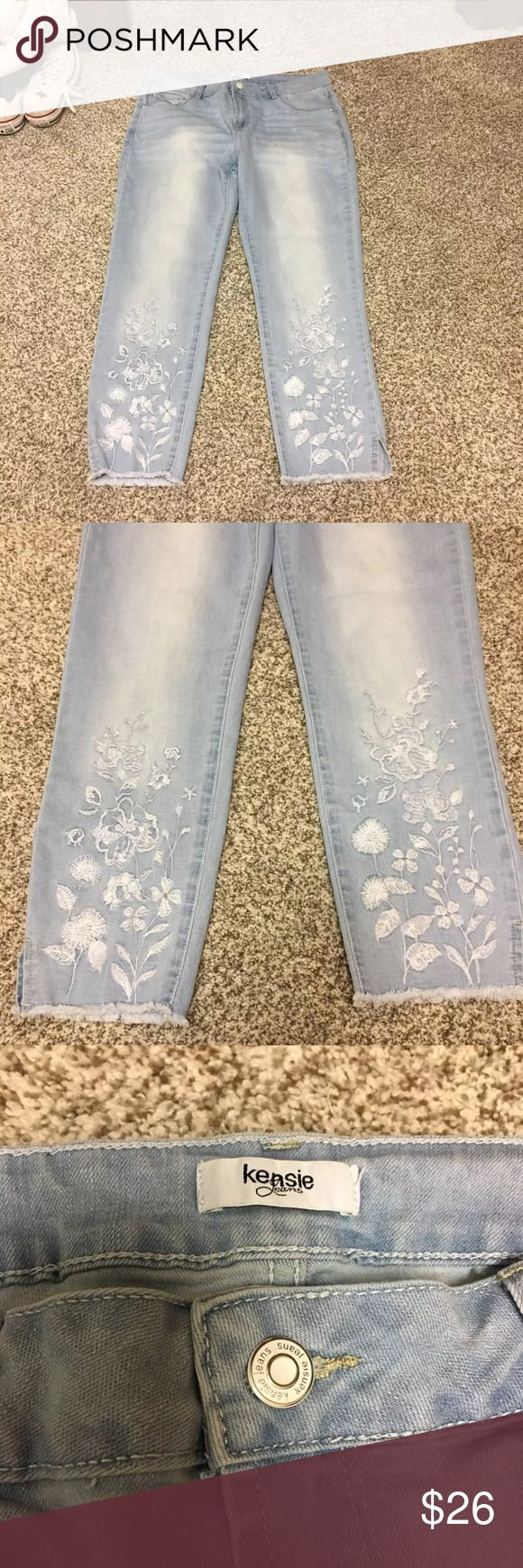 Kensie jeans Kensie jeans size 10. Lighter wash. Floral design at the bottom as shown in the second pic. Worn once. Paid $75 Kensie Jeans