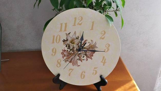 Decorazioni da parete - Orologio floreale - un prodotto unico di Orchidea77 su DaWanda