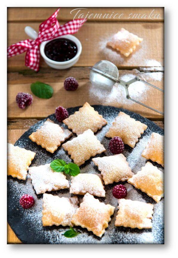 Poduszeczki z ciasta na chrust z przepisu Maryi Ochorowicz-Monatowej – Tajemnice smaku