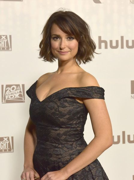 Actress Milana Vayntrub attends FOX and FX's 2017 Golden Globe Awards after party at The Beverly Hilton Hotel on January 8, 2017 in Beverly Hills, California.