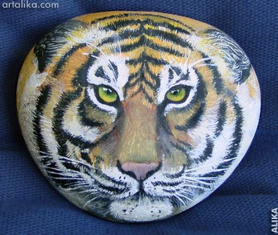 Hand Painted Rocks Animals   Hand painted rock. Gift for my husband