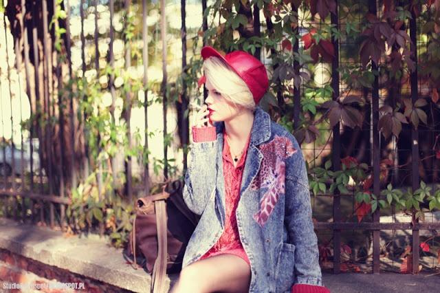 Małgosia Jamroży z naszym plecakiem ! Więcej zdjęć na: http://www.margaret-j.blogspot.com/2012/10/i-get-along.html