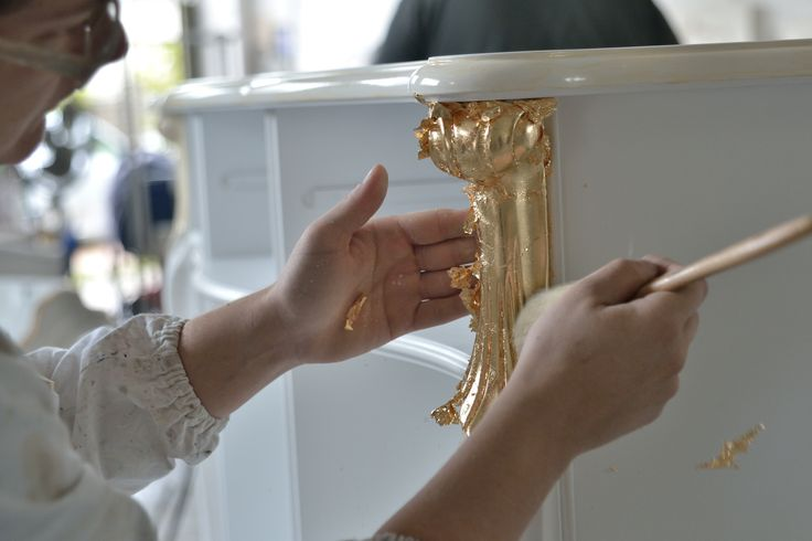 Today we would like to tell about gold leaf decoration. This is a broad theme but we are going to be very brief.