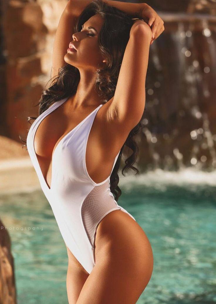 sexy naked girls fucking hard with duldos