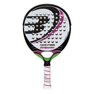 La pala de padel bullpadel Montes 2013 es una raqueta para mujeres con nivel alto, que buscan gran equilibrio en su juego. Es una pala redonda con gran punto dulce.  http://www.newpadel.es/bullpadel/772-bullpadel-montes-2013.html