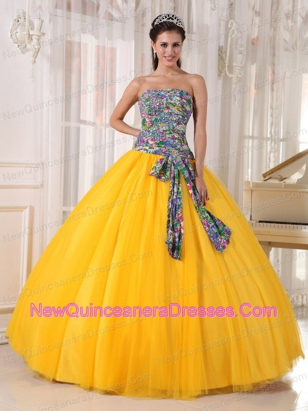 How to shop Designer Matching jacket Quinces gowns   How to shop Designer Matching jacket Quinces gowns   How to shop Designer Matching jacket Quinces gowns